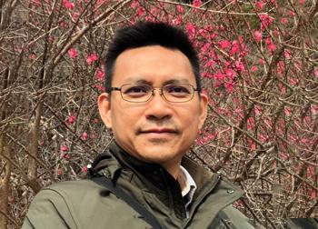 Mr. Hồ Việt Hồng